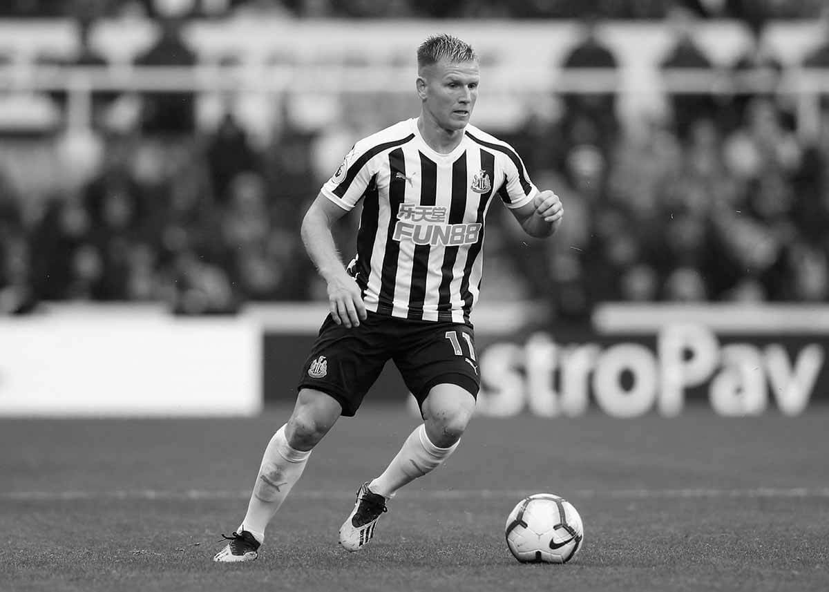 Matt Ritchie in action for Newcastle against Chelsea at St. James' Park.