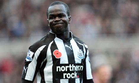 Cheik Tioté takes a breather against Arsenal.