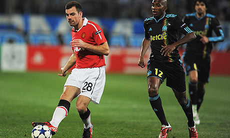Darron Gibson in action for Manchester United against Marseille