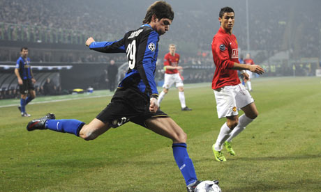 Davide Santon in action for Inter Milan against Manchester United