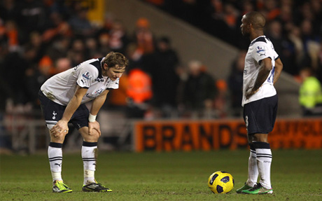 Jermain Defoe & Roman Pavlyuchenko get ready to tip off away at Blackpool