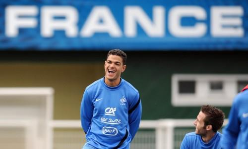 Hatem Ben Arfa and Yohan Cabaye in training with the French squad