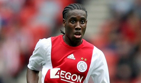Vurnon Anita in action for Ajax in the Dutch league