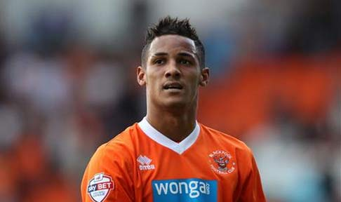 Tom Ince in action for Blackpool