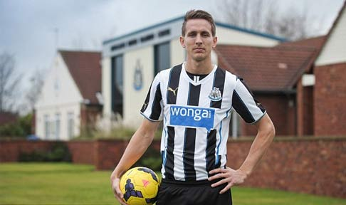 Luuk de Jong in his photo-shoot after signing for Newcastle