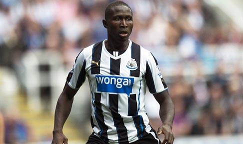 Mapou Yanga-Mbiwa in action for Newcastle United