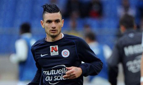Rémy Cabella warms-up for Montpellier ahead of a Ligue 1 tie
