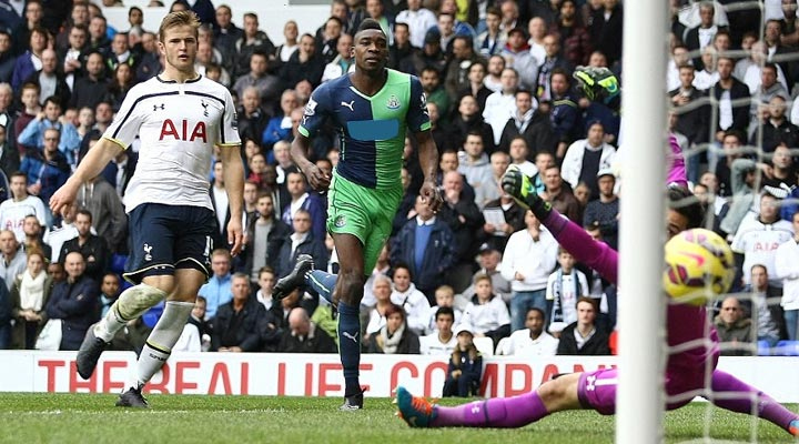 Sammy Ameobi scores Newcastle's equaliser against Spurs at White Hart Lane