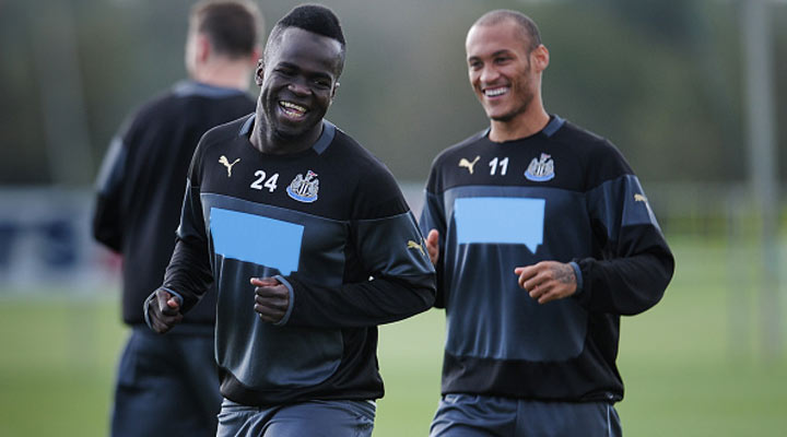 Cheick Tiote and Yoan Gouffran in training with Newcastle United